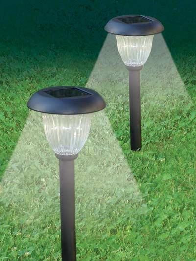 Luci solari per il giardino puntocasa - Lampade ad energia solare per giardino ...
