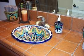 Stile messicano in casa lavelli in rame e ceramiche for Arredamento messicano